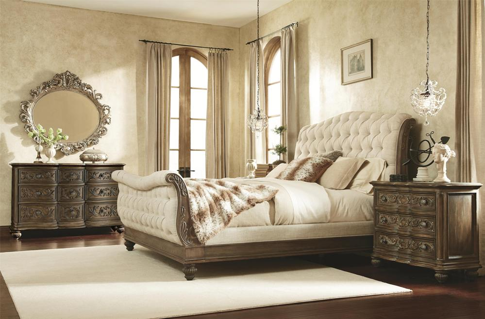 how to give your bedroom that french boudoir look lynda 39 s corner. Black Bedroom Furniture Sets. Home Design Ideas