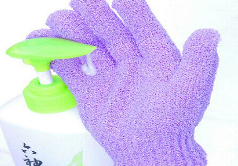 Gloves for Woman's Bathroom